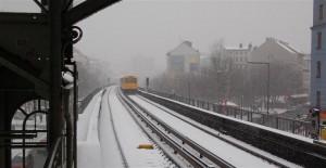 Fotolampe: Winterlich(-t): Goerlitzer Bahnhof - Originalfoto